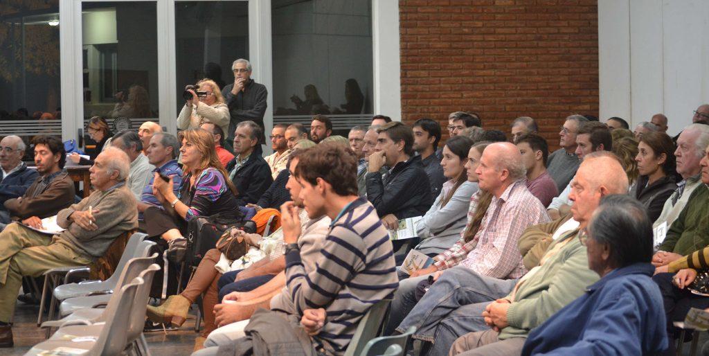 un-centenar-de-productores-se-dieron-cita-en-sociedad-rural-de-9-de-julio