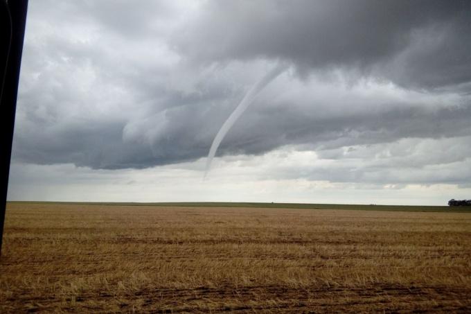 20171106103555_tornado2